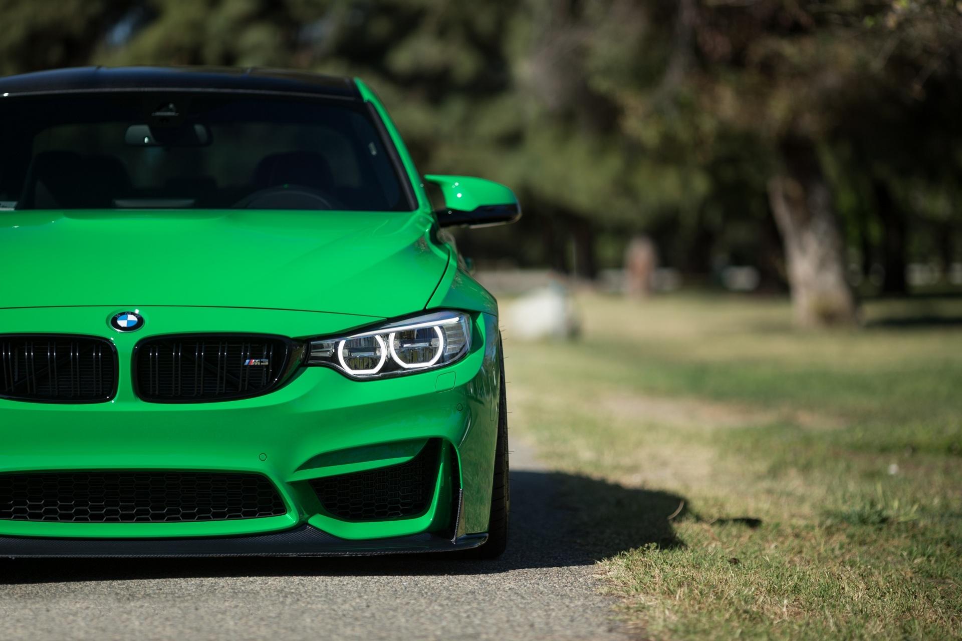 Groene BMW