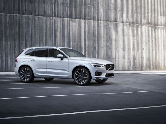 Zijaanzicht Volvo XC60